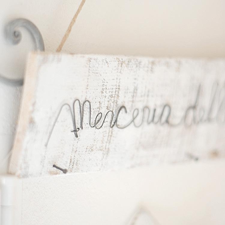 Scritta in fil di ferro