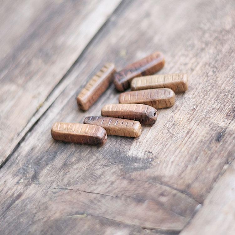 Perle in legno di mogano