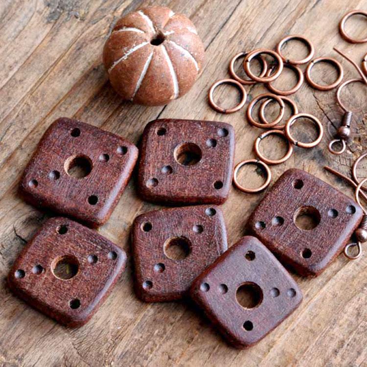 Componenti per collane in legno di mogano
