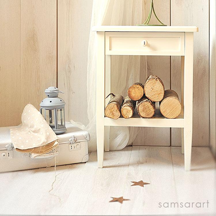 Comodino decorato bianco
