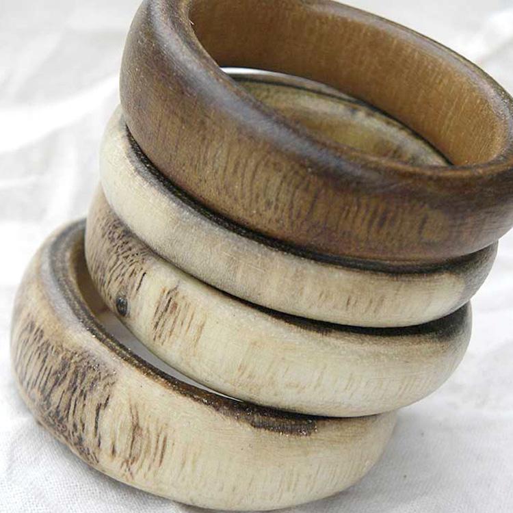 Anelli in legno